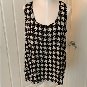 Pleione High/Low Houndstooth Sleeveless Blouse
